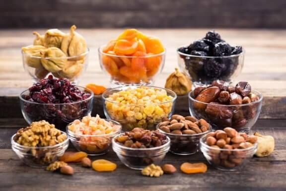 Смачні страви з горіхами, які варто спробувати