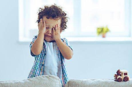 як заспокоїти дитячі істерики