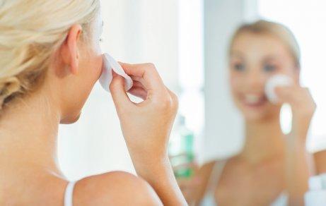 гарячі компреси для очищення обличчя