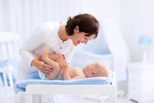 Чому не варто робити обрізання малюку