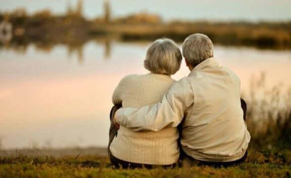 любов належить до найважливіших речей в житті