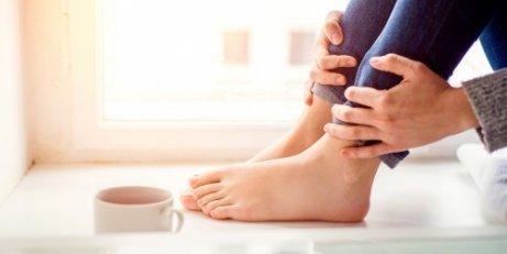 Причини та симптоми врослого нігтя
