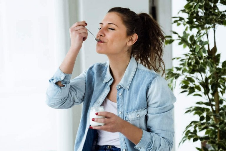 Йогуртова дієта: корисний шлях до схуднення