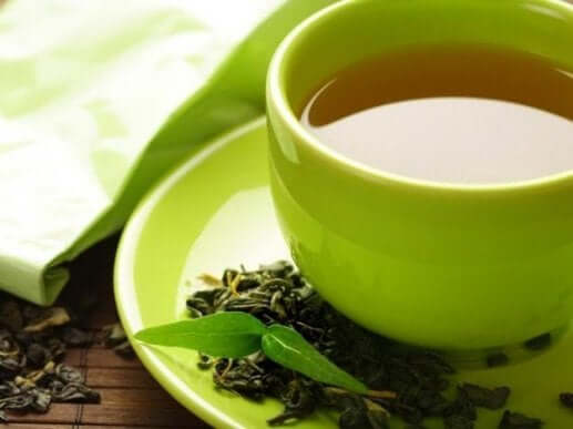 зелений чай від здуття живота