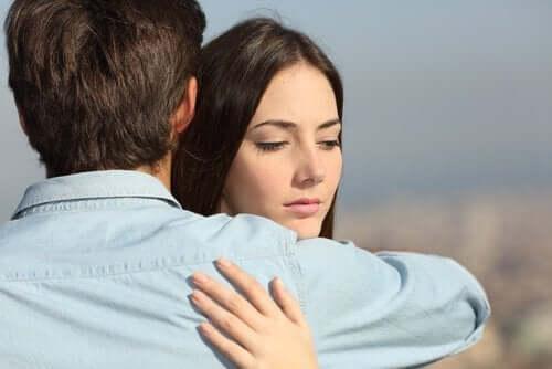 як зберегти стосунки попри невірність