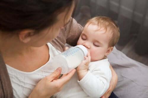 пустушка та її вплив на дитину