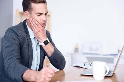 Натуральні засоби від болю у щелепі