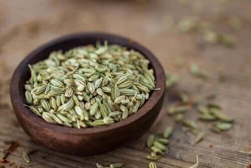 Три способи пити насіння фенхелю для схуднення