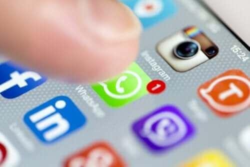 соціальні мережі та депресія