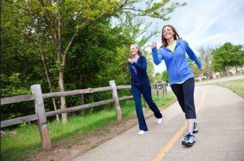 прогулянки корисні для організму