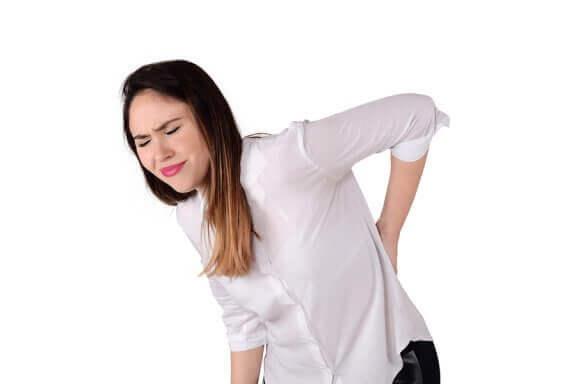 Які розтягування усувають біль у сідничному нерві?