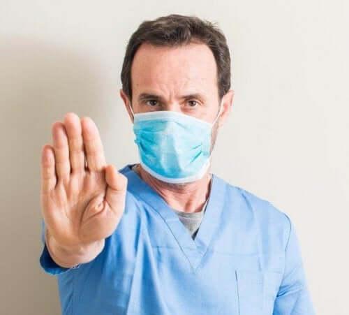 відмінності між застудою та грипом: симптоми