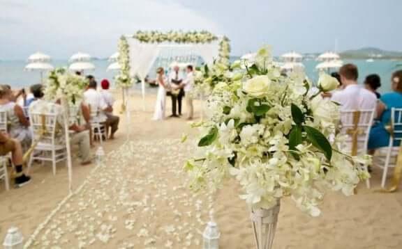 як заощадити на квітах на весіллі