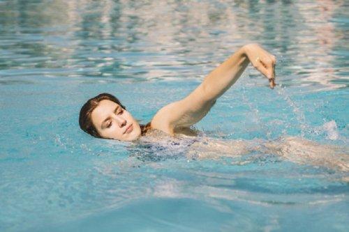 переваги регулярних занять плаванням
