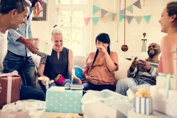 Як організувати вечірку з нагоди народження дитини