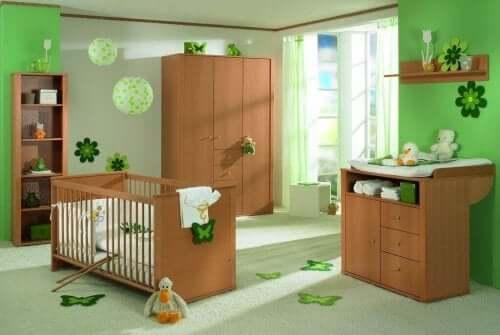 яскраві кольори для дитячої кімнати