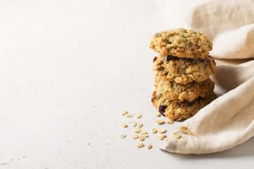 Вівсяне печиво без цукру та без масла: 2 рецепти