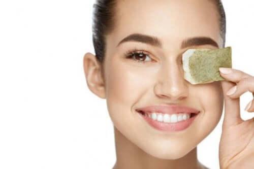 чому корисні чайні пакетики від кіл під очима