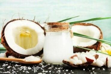 Кокосовий оцет: основні способи вживання та переваги