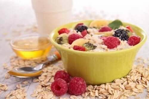 Низькохолестеринові сніданки: 5 простих рецептів