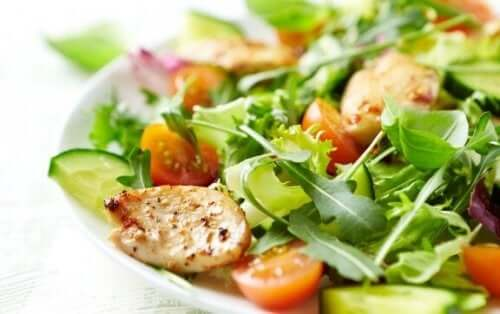 Чотири змішані салати, які ви повинні спробувати