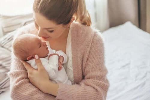 переваги народження дитини влітку