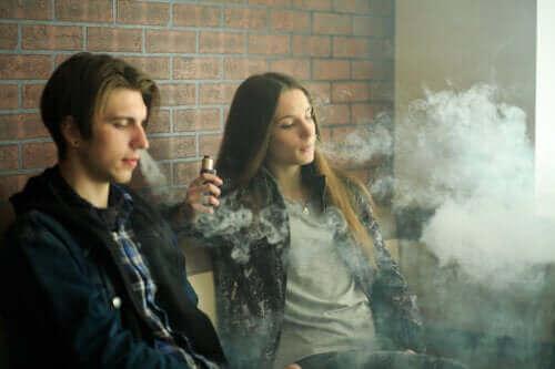 Електронні сигарети: чи безпечні вони?