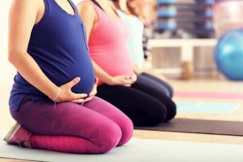 Чи можна займатися пілатесом під час вагітності?