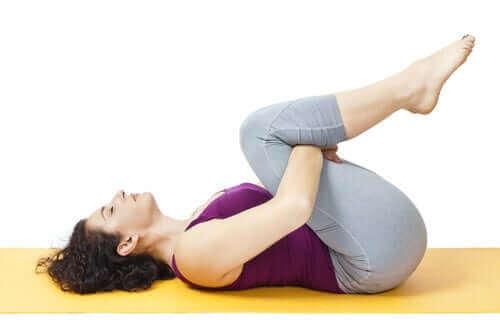 корисні вправи для зміцнення хребта