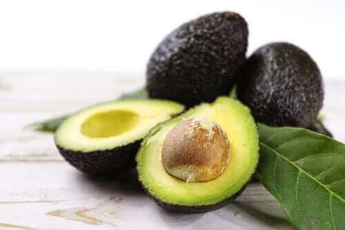 Три рецепти з авокадо, щоб подбати про здоров'я