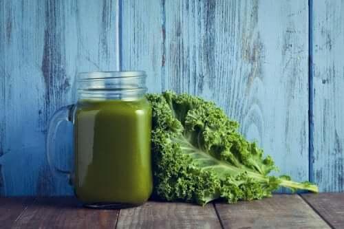 Крем-суп з кале та шпинатом: вітамінна бомба