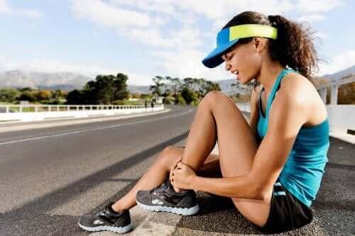 Розтягнення м'язів: симптоми та лікування
