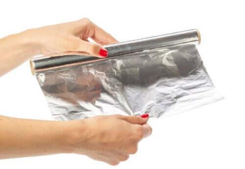 чому небезпечне використання алюмінієвої фольги