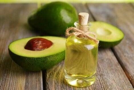 олія авокадо для росту волосся