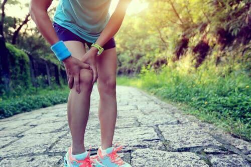 Пателлофеморальний больовий синдром: домашні засоби для лікування