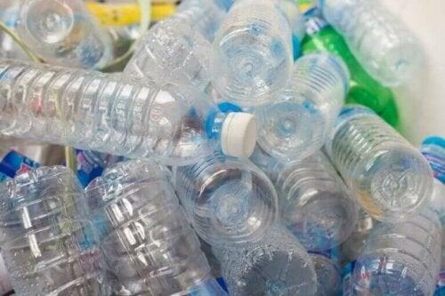 обезогени в пластику