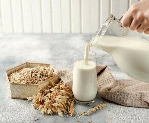 чому корисне рослинне молоко