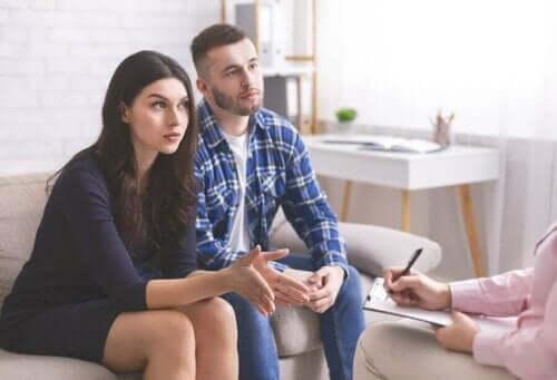 спілкування та проблеми у стосунках