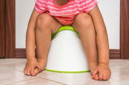 Інфекції сечових шляхів у дітей