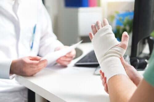 Діабет збільшує ризик переломів