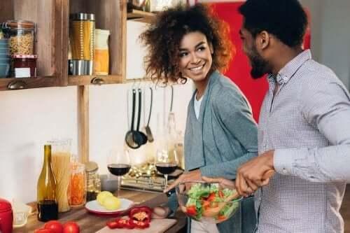 приємні спільні справи покращують стосунки
