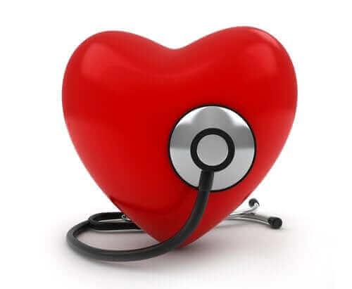 Які ознаки мають вроджені вади серця