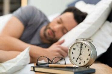 Здорові звички перед сном, які поліпшать якість відпочинку