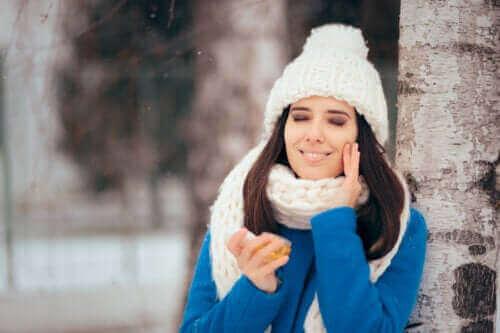 Догляд за жирною шкірою взимку