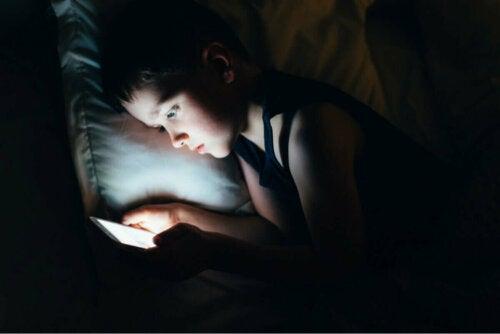 як лікувати темні кола під очима у дітей